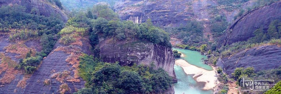 清源山风景区位于九华山下青阳县境内,因境内自古有一股清清源泉自